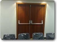 Porta acústica para apartamento